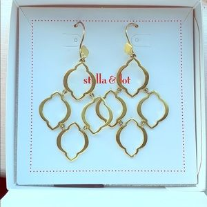Stella & Dot Arabesque Chandelier earrings